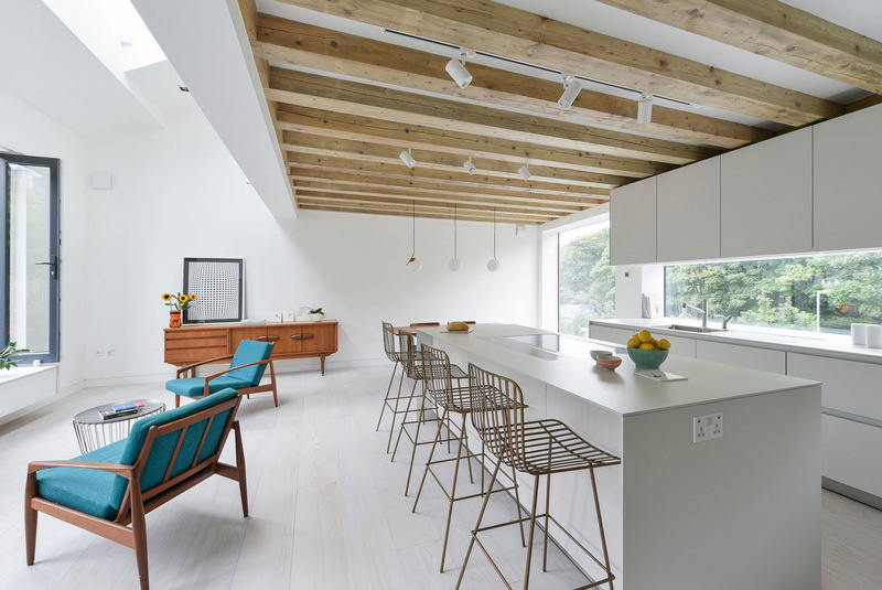 engineered white ash flooring is a perfect choice for a Minimalist floor