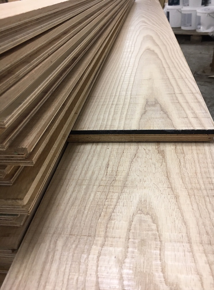 Band Sawn Natural Ash Engineered Flooring