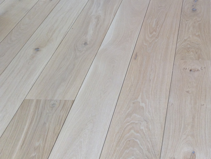 Natural Engineered English Oak flooring - no yellowing