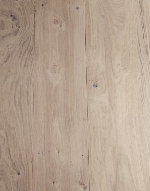 Classic Engineered Oak Flooring - Wide-Plank - UV Oiled - UK Manufacturer