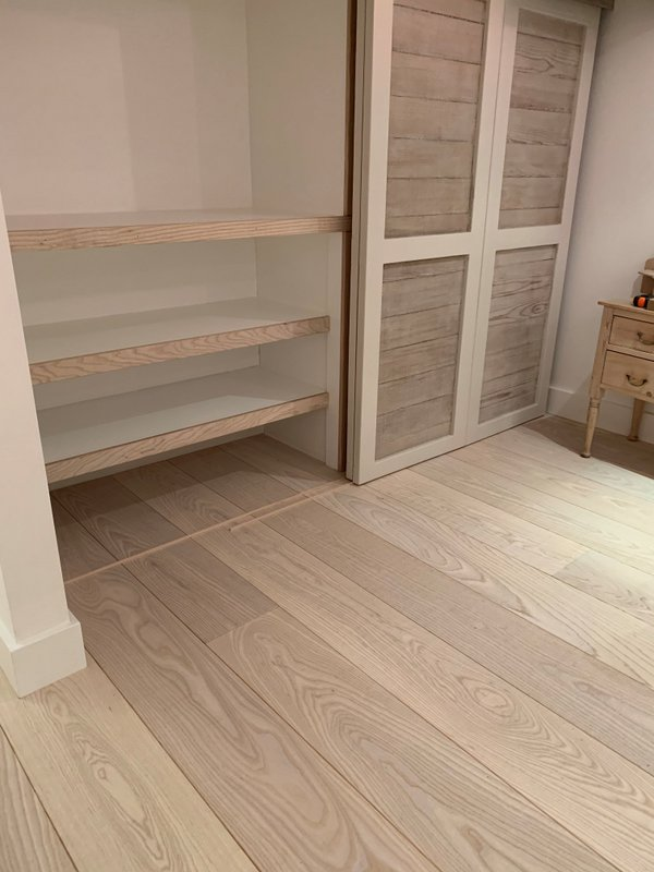 Engineered Natural Ask Flooring - rippled, texture Coastal interior
