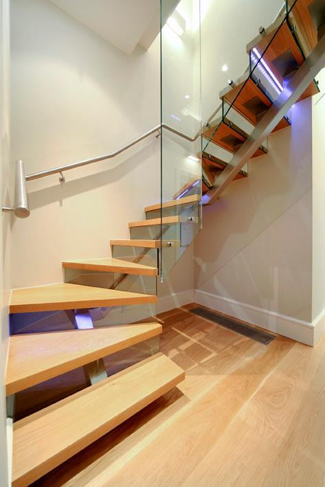 Bespoke Contemporary White Oak Stairs