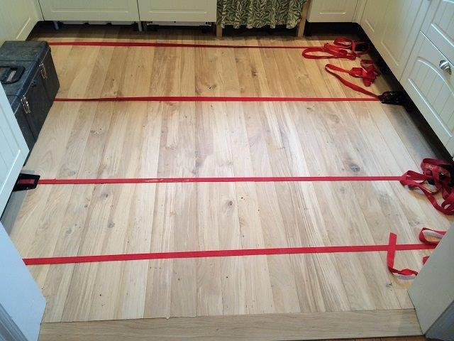 how to fit engineered wood flooring 1
